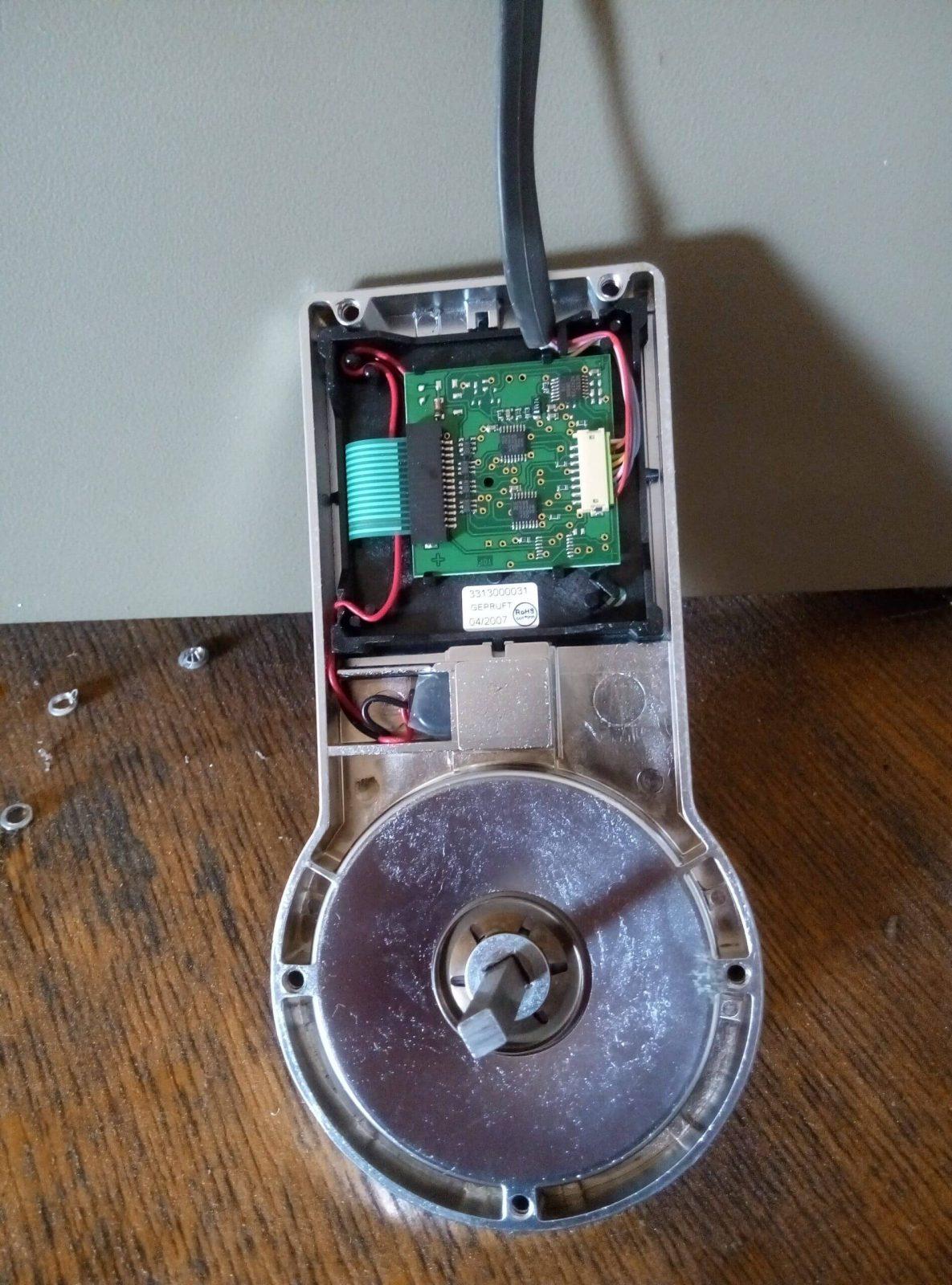 Вскрытие электронного сейфа системы ВАЛБЕРГ (немец)