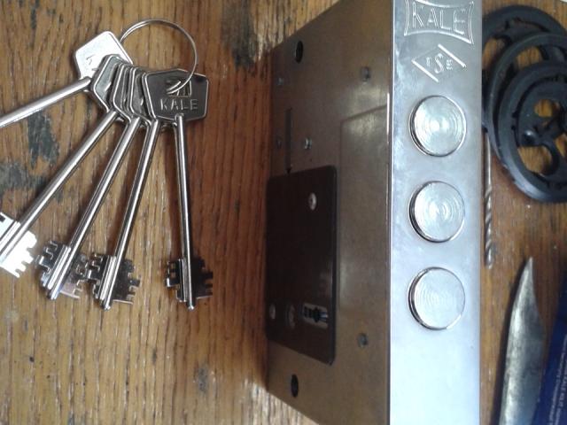 Замена, перекодировка под другой ключ замка (KALE)